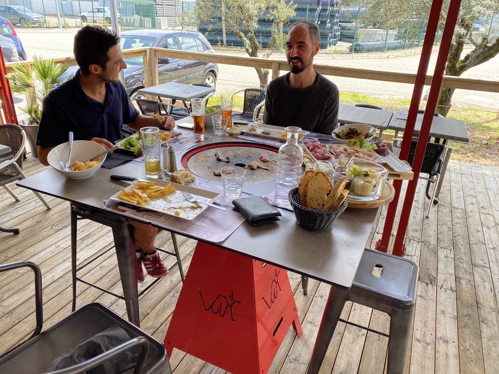 table plancha magma carre